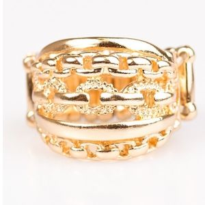 CHIC REACTION GOLD RING
